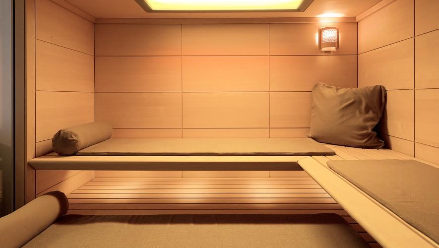 Beach club with sauna