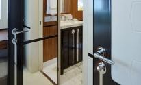Dynamiq Jetsetter yacht bathroom details